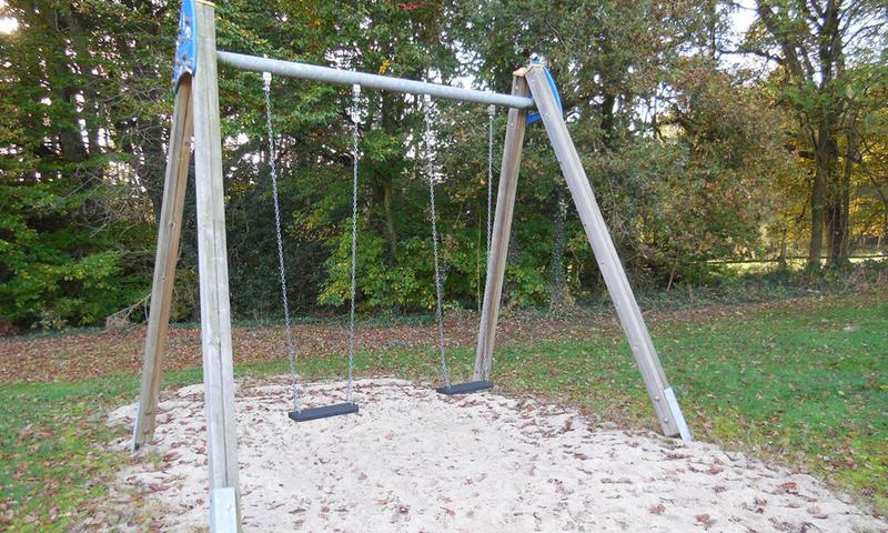 Kletterbogen Spielplatz : Spielplatz benzen